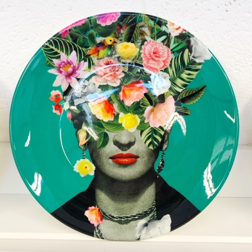 Frida Floral (Green) - ceramic dinner plate by Desirée Feldmann