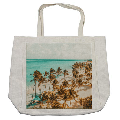 Beach Life - cool beach bag by Uma Prabhakar Gokhale