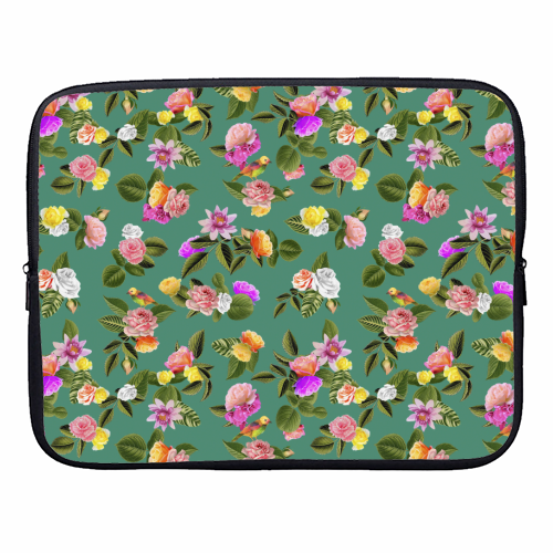Frida Floral (Green) - designer laptop sleeve by Desirée Feldmann