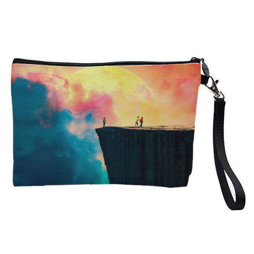 Preikestolen - pretty makeup bag by taudalpoi