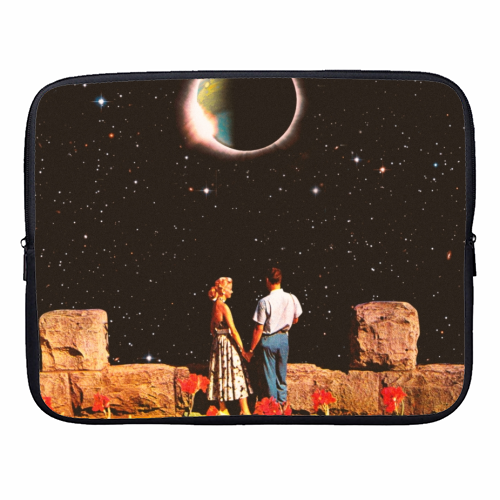 Lovers In Space - designer laptop sleeve by taudalpoi