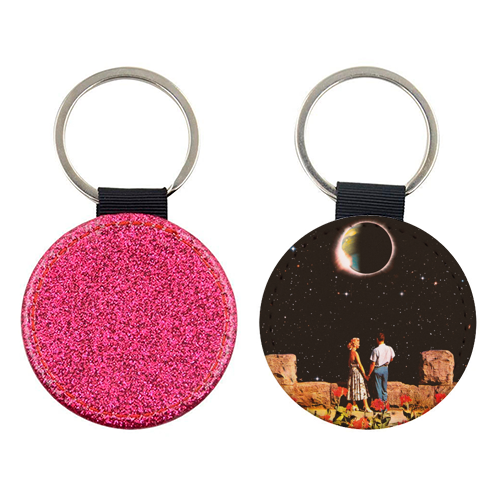 Lovers In Space - personalised picture keyring by taudalpoi