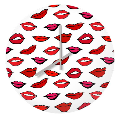 Red & Pink Lippy Pattern 2021 - creative clock by Bec Broomhall