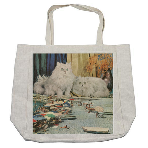 Cats beach - cool beach bag by Maya Land