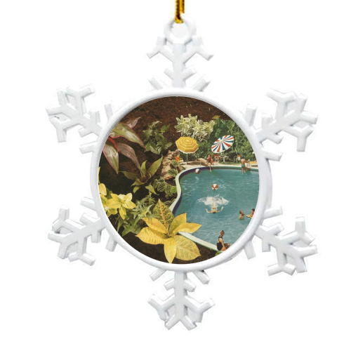 Summer fun - snowflake decoration by Maya Land